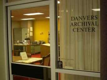 ArchivalCenter2